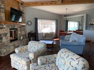 best places to stay in door county for couples, door county honeymoon packages, Lake view, Beach view, Room with a view, Walk out patio, Lakeside hotel, Beachside hotel, Beachfront Hotel, Honeymoon suite, Baileys Harbor, Door County, Fire Place