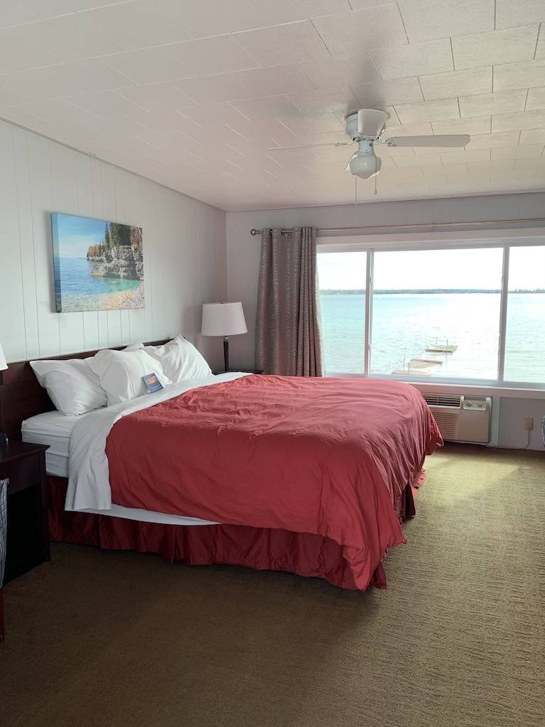King bed on the second floor overlooking the beach